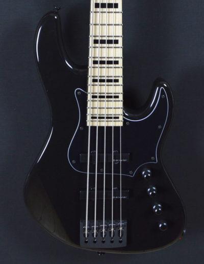 black-gloss-hybrid